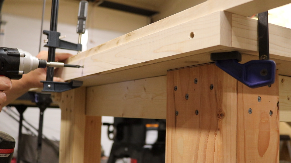 Attaching the trim to the top