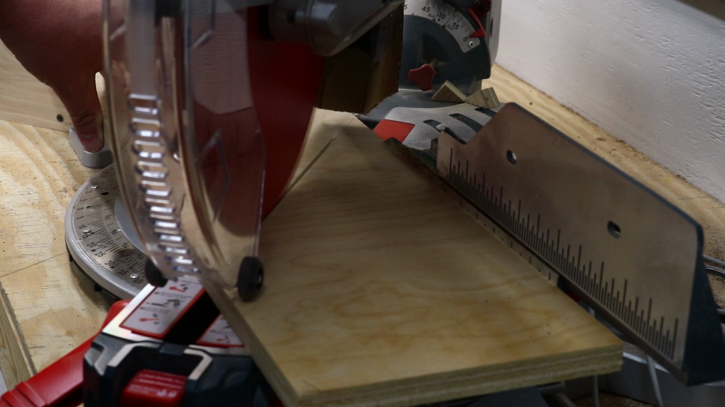 Cutting the angles on the miter saw
