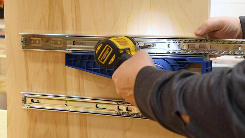 Attaching the drawer slides with the Kreg Drawer Slide Jig