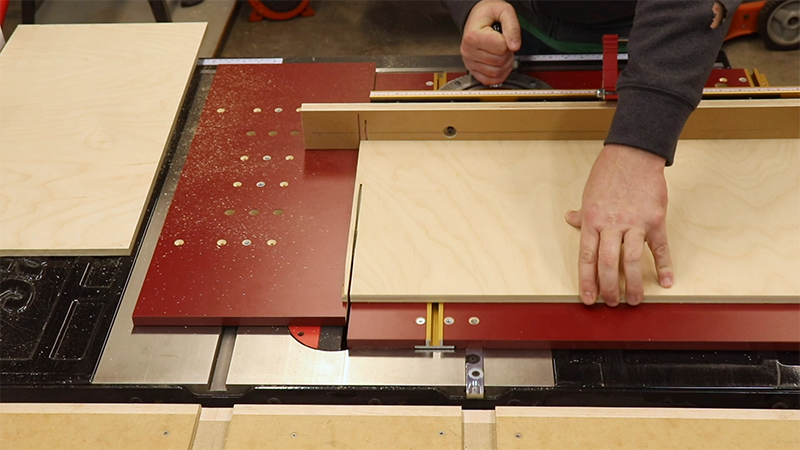 Squaring the drawer bottoms on the miter sled
