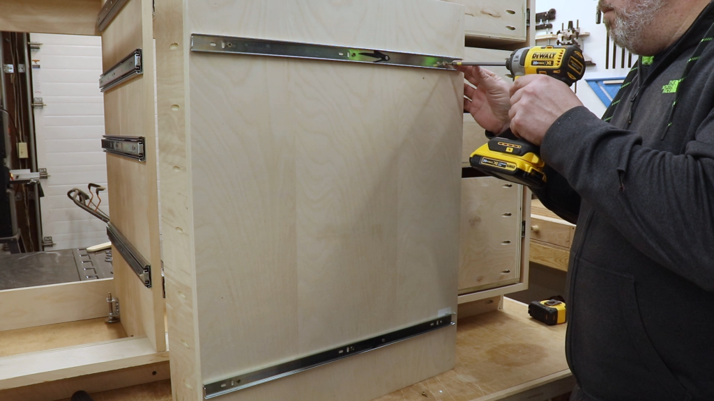 Adding the Back Screw for the Drawer Slides