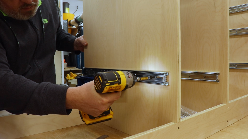 Installing the Drawer Slides