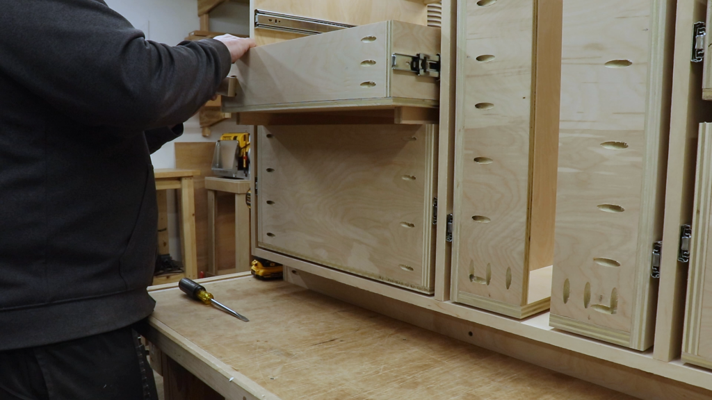 Using Spacers to Install the Drawers